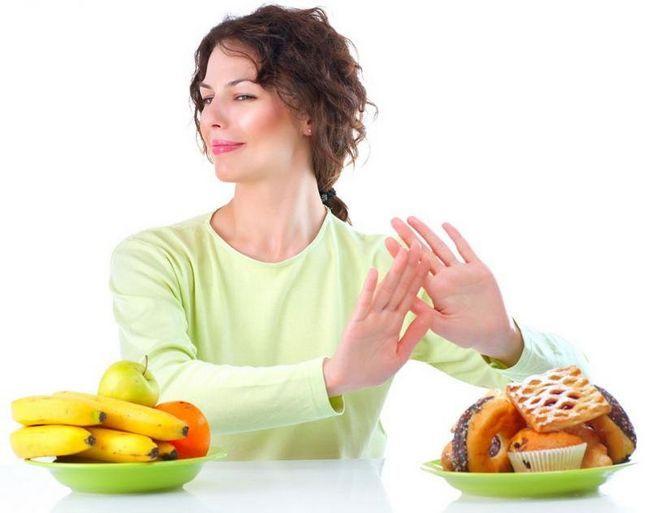 Що не можна їсти, щоб схуднути: міфи про деякі