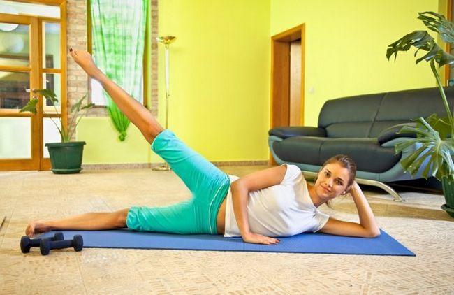 Фітнес-вправи в домашніх умовах: як створити ідеальне тіло не виходячи з дому