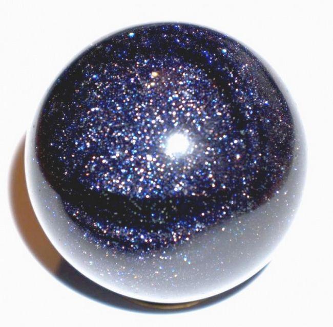 Іскристий камінь авантюрин і його властивості