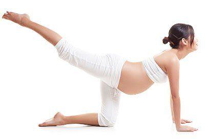 Йога для вагітних 2 триместр: асани, які покращують самопочуття і настрій