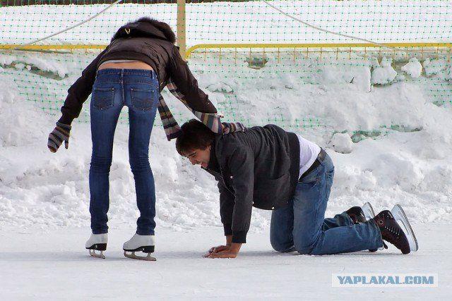 Як кататися на ковзанах: підготовчі вправи перед виходом на лід
