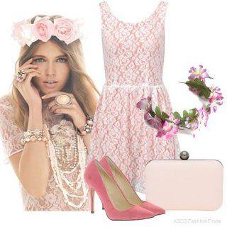 Літнє плаття без рукавів рожевого кольору з орнаментом білого тону, з відрізною талією, довжиною вище колін.
