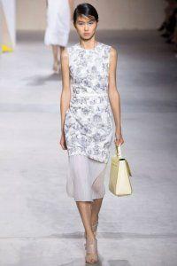 Двошарове повсякденне плаття без рукавів з принтом, прямий моделі, довжиною нижче колін від Boss.