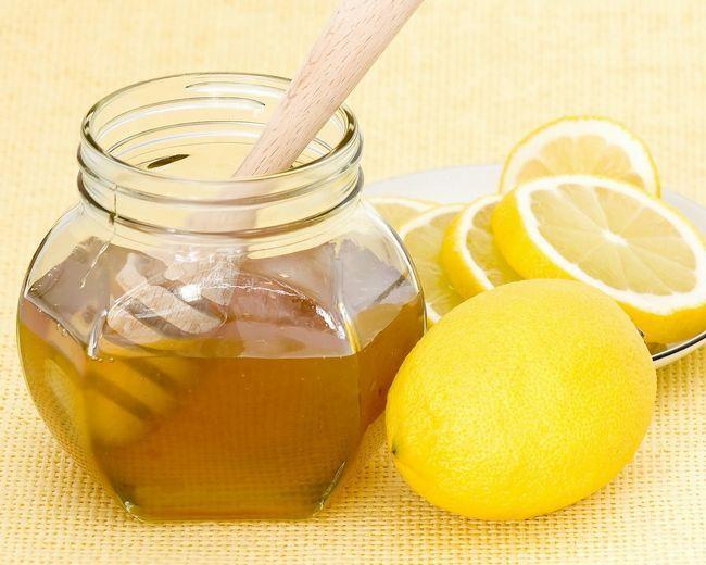 Маска для обличчя з лимоном і медом: домашня і універсальна