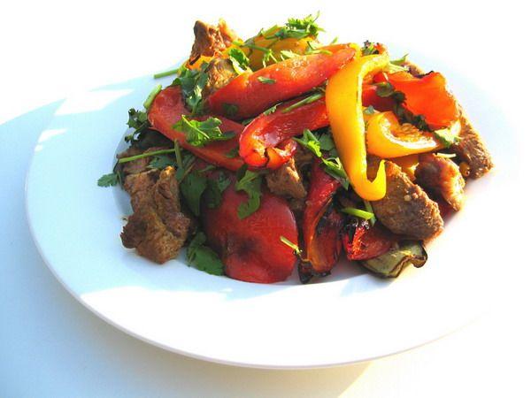 М`ясо, запечене з овочами