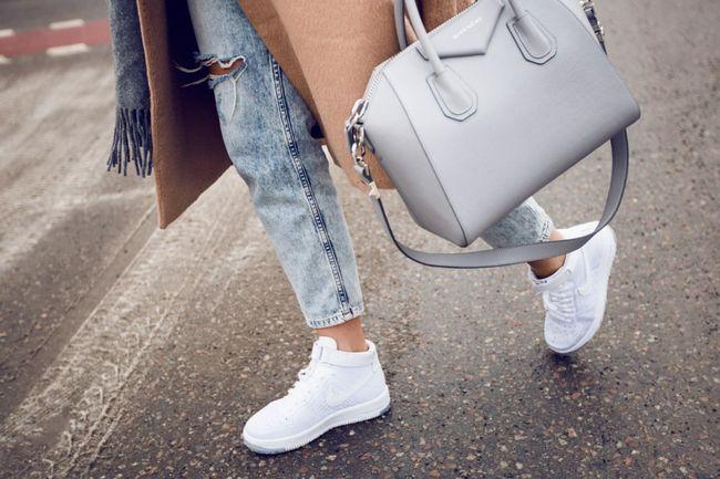 Модний жіночий спортивне взуття весна-літо 2017