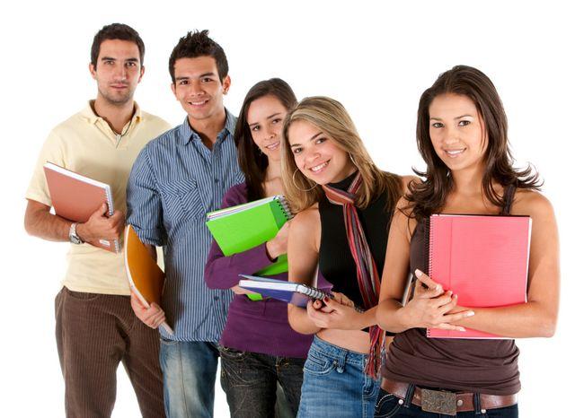 Чи можна мити голову перед іспитом: забобони і факти