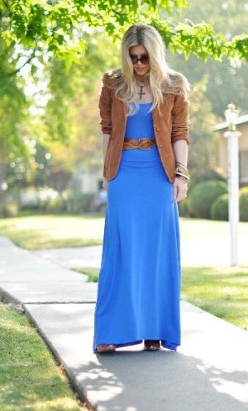 З чим носити синю спідницю влітку, блузки і джемпера якого кольору з нею поєднуються
