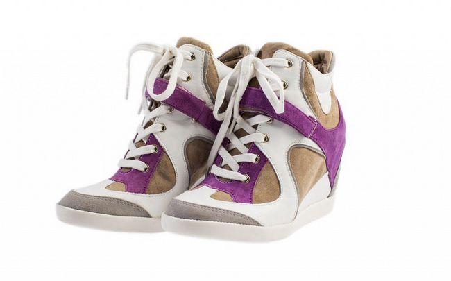 Снікерси - стильна спортивне взуття