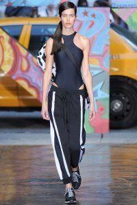Жіночі штани в спортивному стилі DKNY.