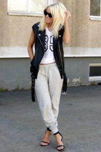 Модні штани в спортивному стилі.