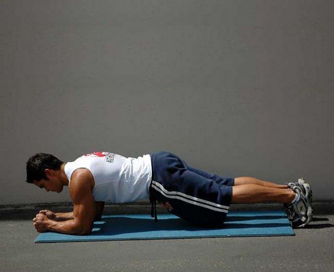 Статичні вправи: спеціальний комплекс на всі групи м`язів