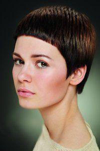 Стрижка гарсон: фото і відео-уроки на довгі і середні волосся + історія виникнення
