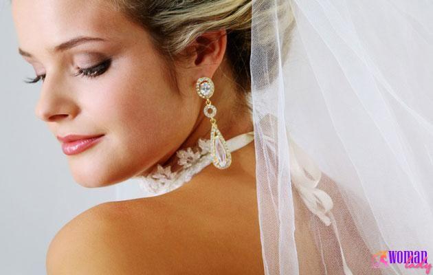 Весільний макіяж очей
