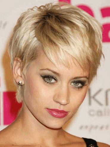 Укладання на коротке волосся: фото красунь з модними стрижками
