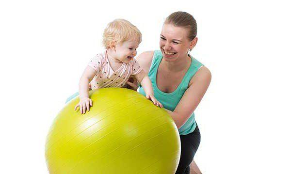 Вправи на кулі: ефективний комплекс, який дозволяє опрацювати всі групи м`язів