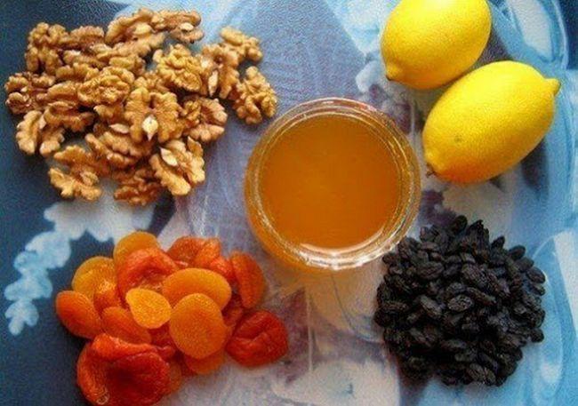 Вітамінний коктейль для спортсменів і тих, що худнуть - джерело необхідних вітамінів і мікроелементів