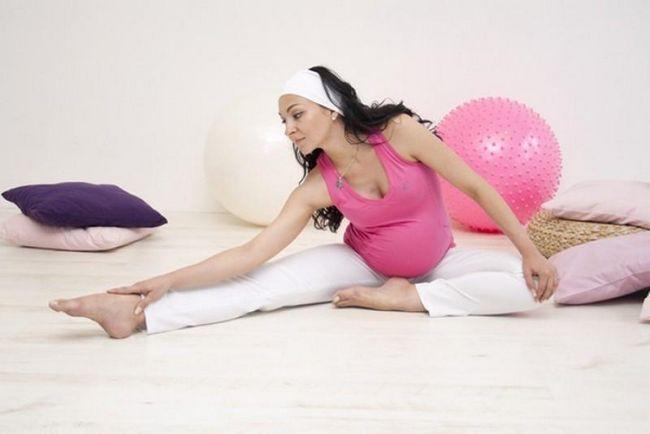 Навіщо потрібна гімнастика для вагітних?