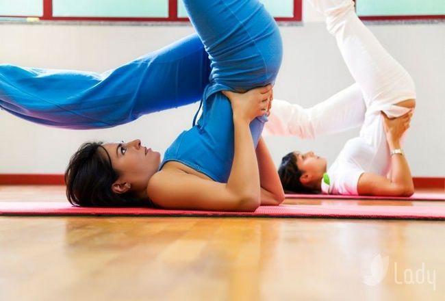 Заняття йогою для схуднення: кращі асани для прискорення метаболізму
